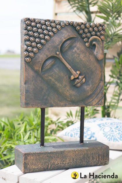 Picture of Female Buddha Head On Base Xl