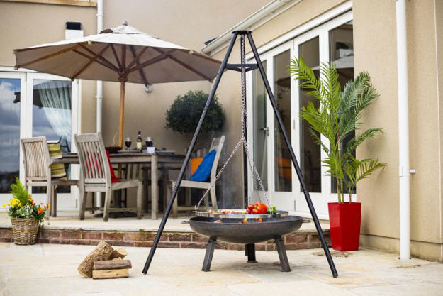 Picture of Tripod for Firepit