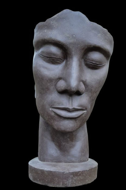 Picture of Mask Human 01 Inclined Right