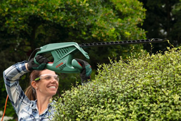 Picture of Bosch Easy Hedge Cut 45-16 Electric Hedgecutter