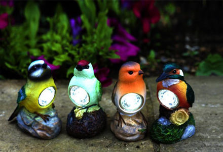 Picture of Birds Figurines (selection) Robin, Bluetit, Kingfisher or Woodpecker